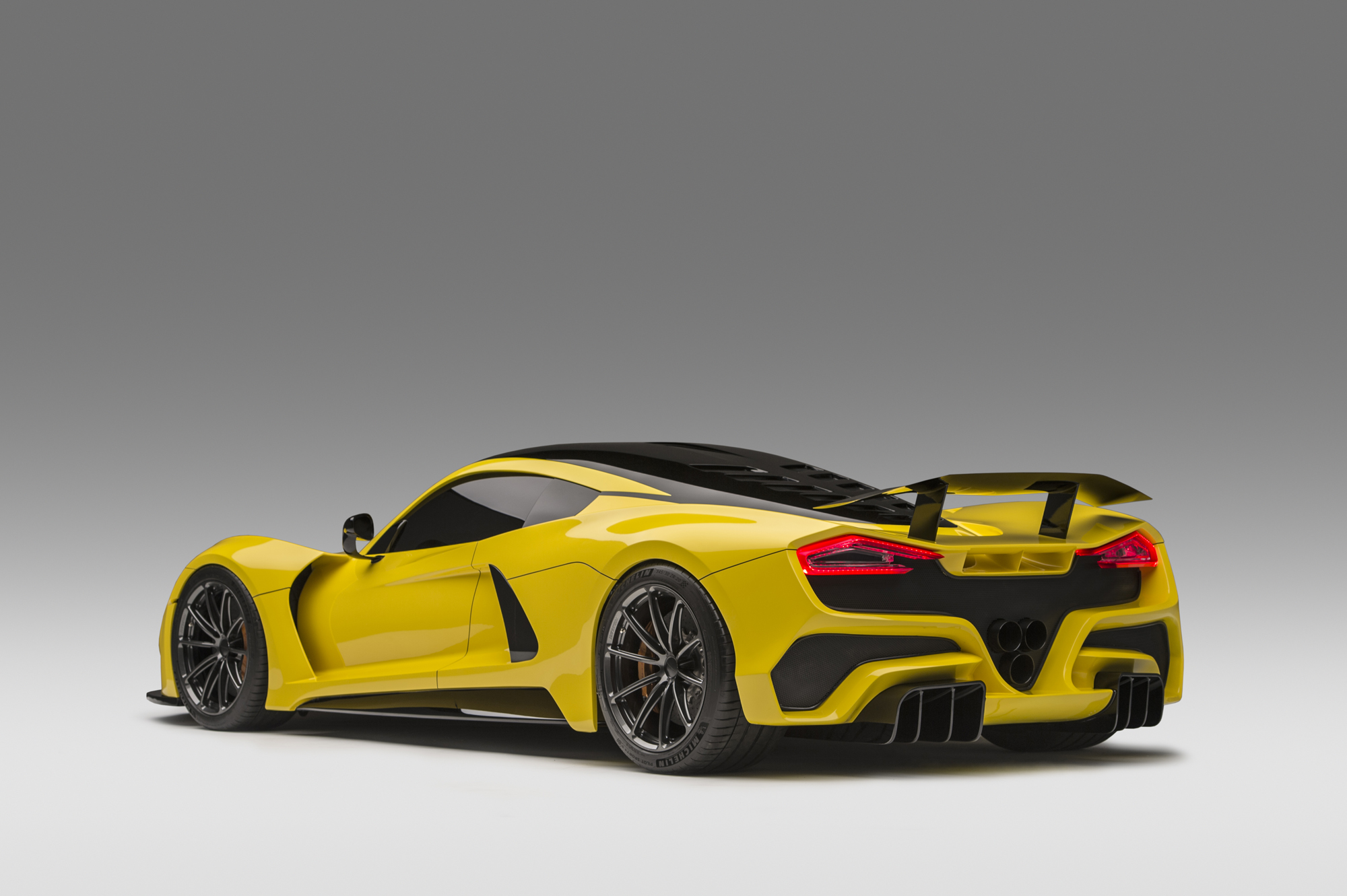 Hennessey Venom F5 Side Angle Photo