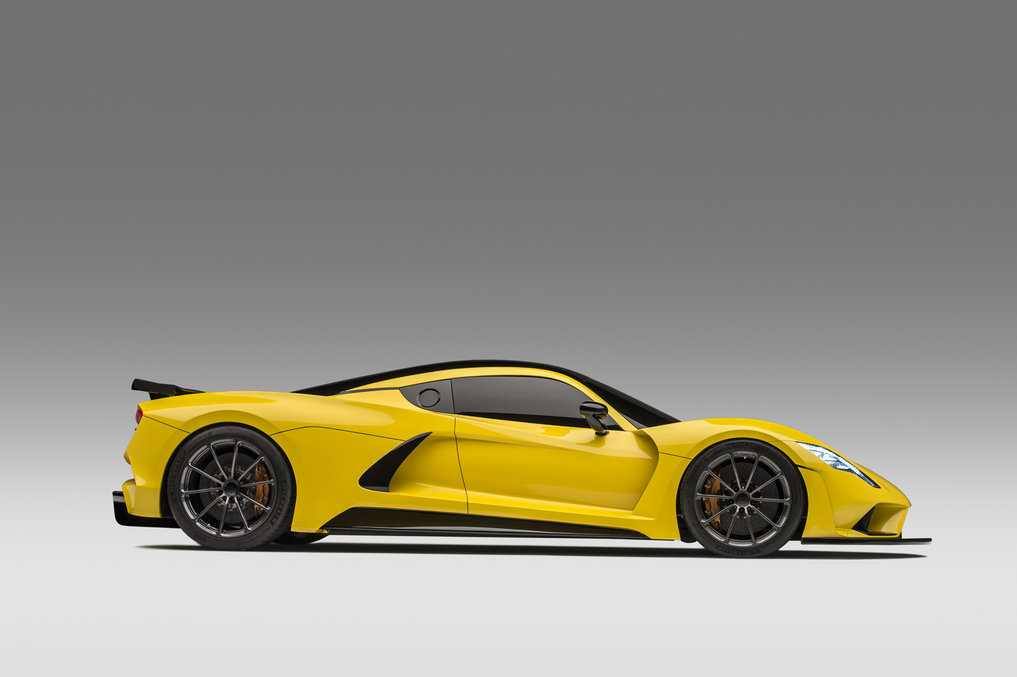 Hennessey Venom F5 Side View Photo