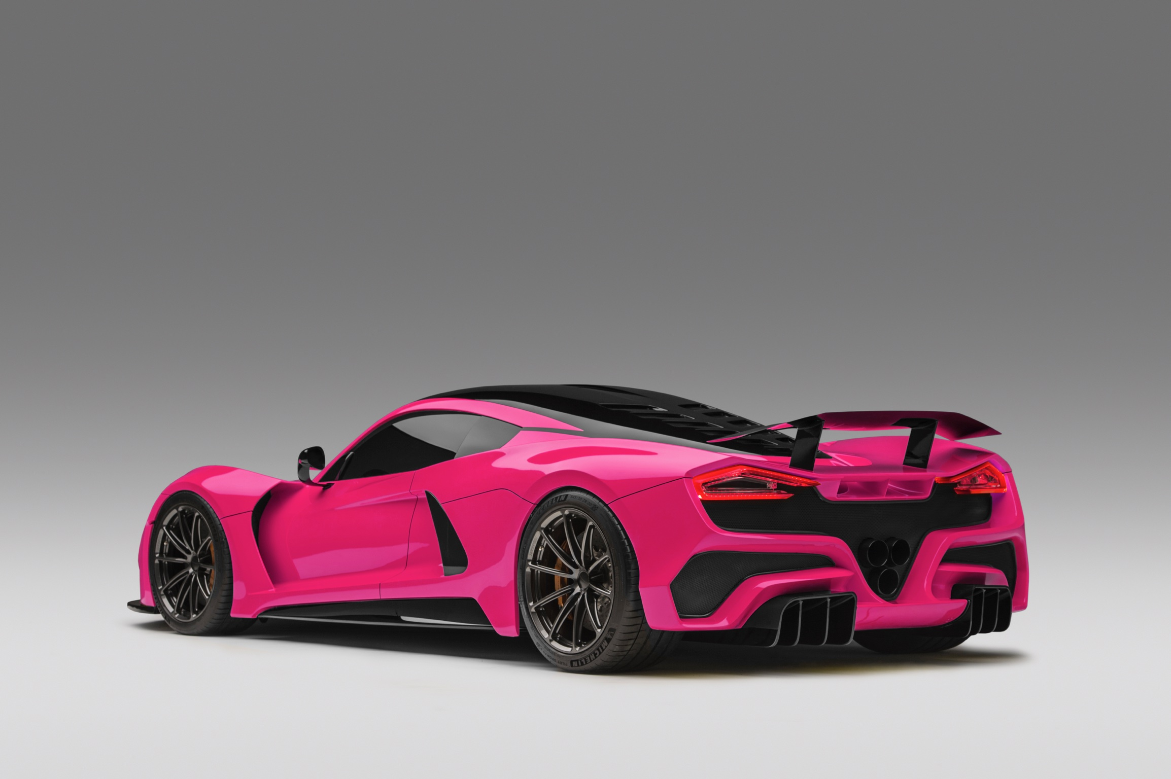 Hennessey Venom F5 in Hot Pink Rear