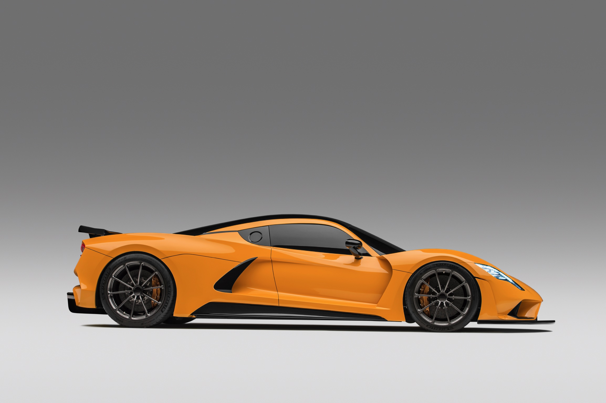 Hennessey Venom F5 Orange Side