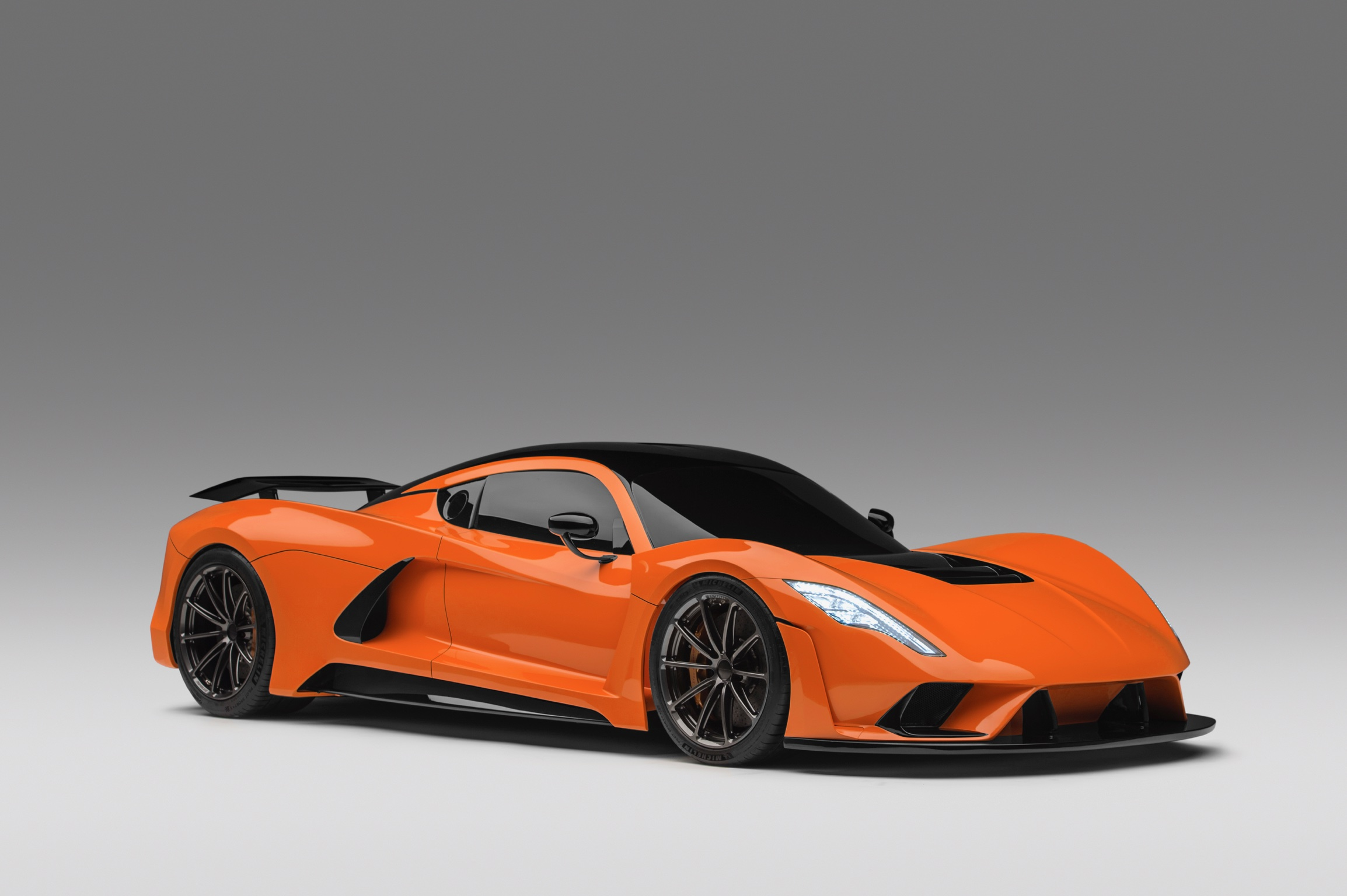Hennessey Venom F5 in Deep Orange Metallic