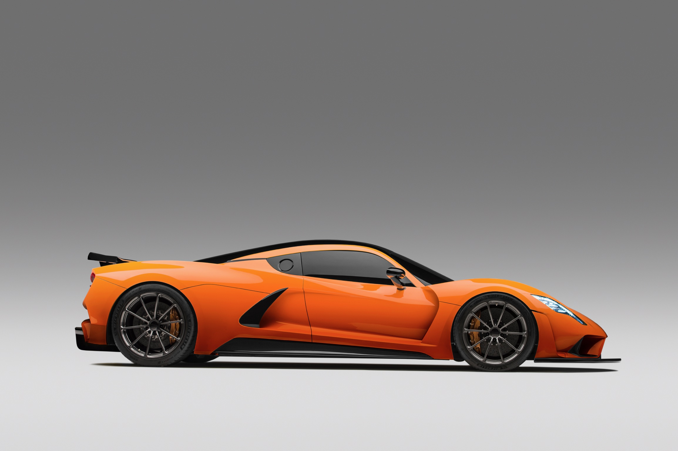 Hennessey Venom F5 in Orange Metallic Side