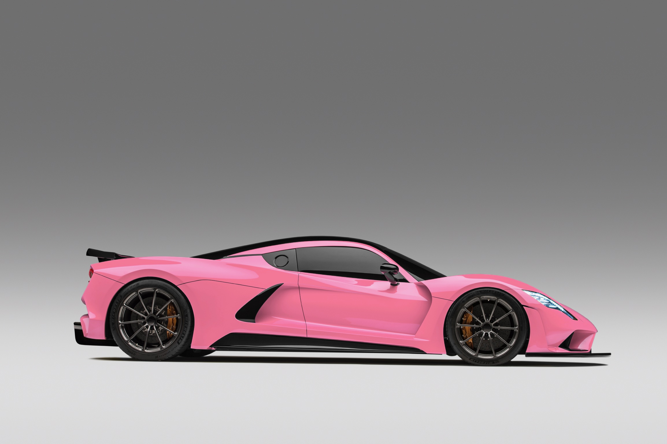 Hennessey Venom F5 in Pink Side